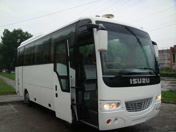 ISUZU-Turkuaz-30 seater-wisata-ukraina