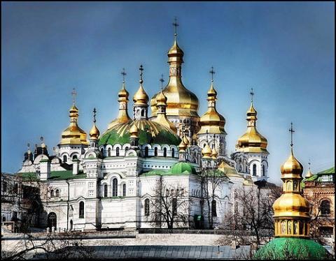 kiev-pechersk-lavra-monastery