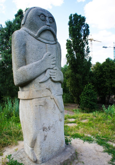 patung cossack scythian