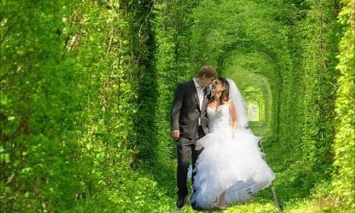 tunnel-of-love-is-perfect-for-weddings